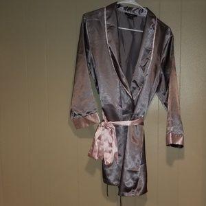 Intimates robe